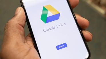 Memindahkan video ke iPhone melalui Google Drive